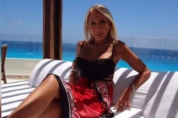 Laura Bozzo olvida a su ex ¡posando en bikini! (FOTO)