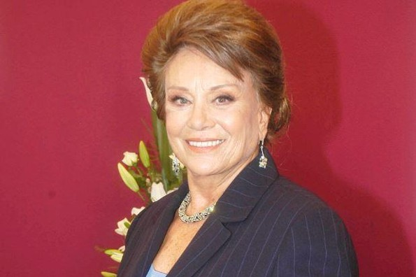 Fallece la actriz Saby Kamalich a los 78 años de edad (+FOTOS)