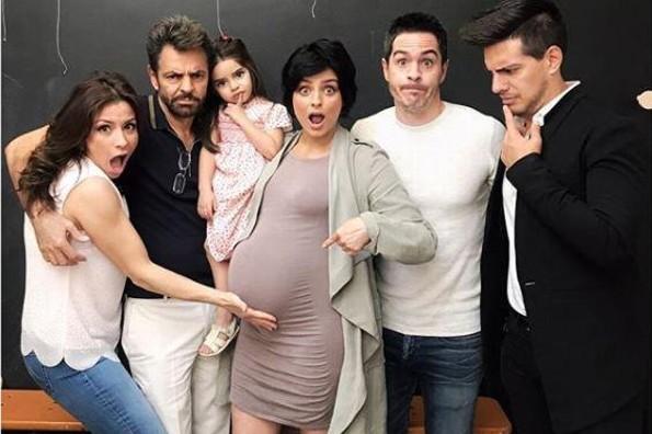 ¡Por fin! Aislinn Derbez y Mauricio Ochmann revelan el sexo de su bebé (+FOTO)