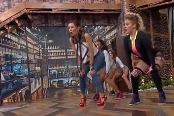Ingrid Coronado hace el ridículo bailando twerking y se la acaban en redes sociales (+VIDEO)