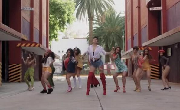 Mon Laferte más sexy que nunca en su nuevo video