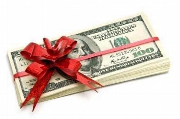 Reparte más de 370 mil pesos a cada unos de sus empleados ¡como regalo de Navidad!