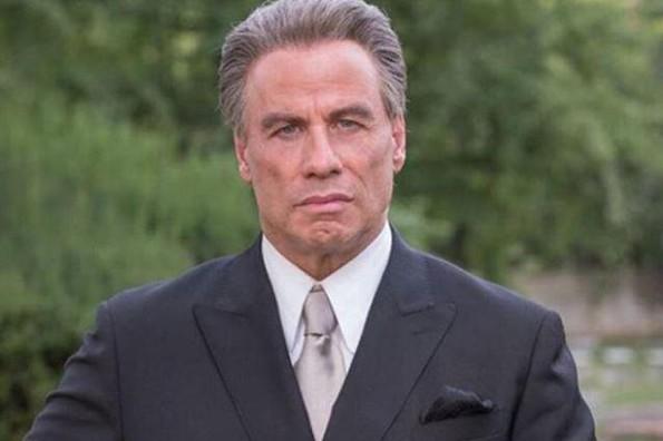 John Travolta se rapa para iniciar el 2019 (+FOTO)