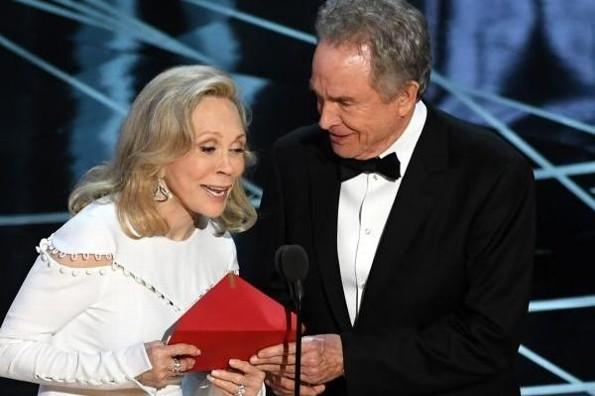 Anuncian a los presentadores de los Oscar #FOTOS