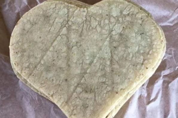 Crean tortilla en forma de corazón #FOTO