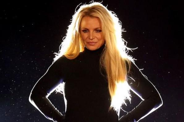 Prohíben regreso de Britney a los escenarios hasta que esté estable