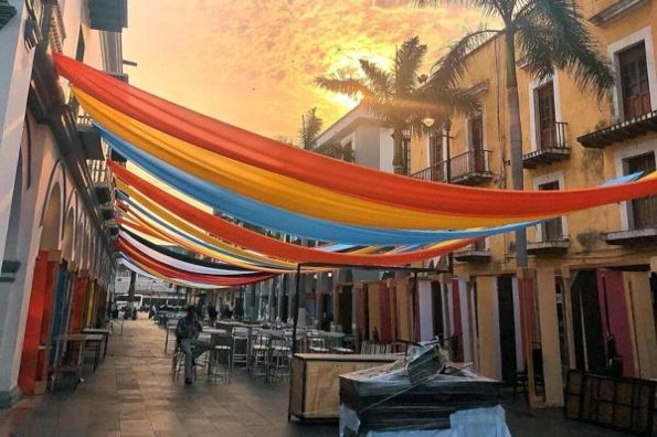 Fotógrafos Hugo Garrido y Wendy Goopar presumen Veracruz con exposición fotográfica