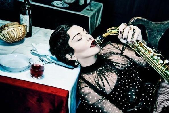 Madonna sorprende con su nuevo disco
