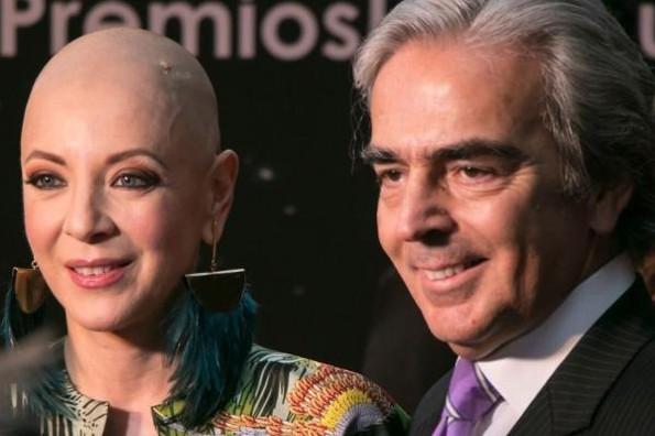 Lorenzo Lazo da el último adiós a su amada Edith González #VIDEO