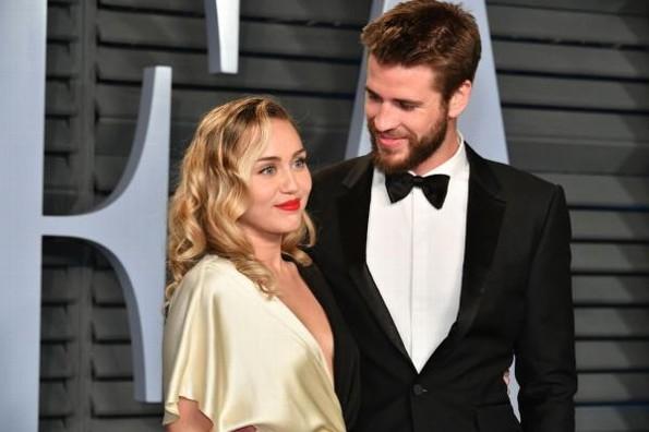 Miley Cyrus se sincera sobre su orientación sexual estando casada #FOTO