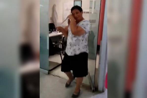 ¿Qué significa tocar la campana en un hospital? #VIDEO