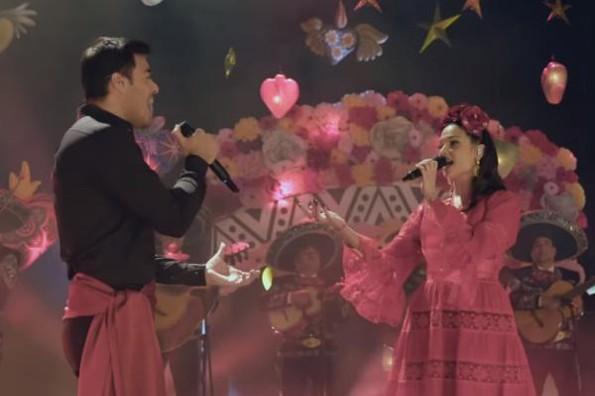 Natalia Jiménez y Carlos Rivera estrenan su versión de