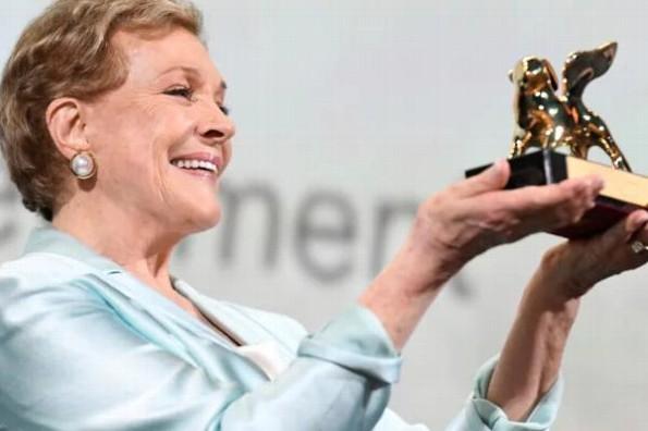Julie Andrews es reconocida con el León de Oro en el Festival de Cine de Venecia