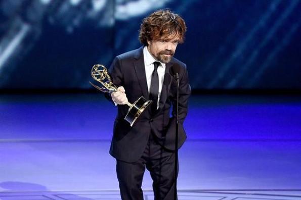 Peter Dinklage da el primer #Emmy2019 a Game Of Thrones #FOTO