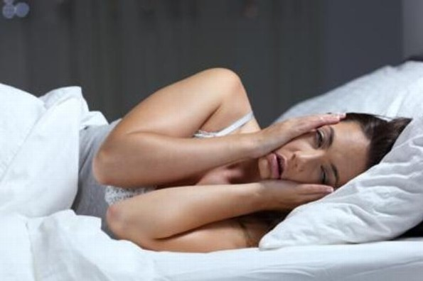 Podrías subir 1 kilo por semana si no duermes bien, según estudio