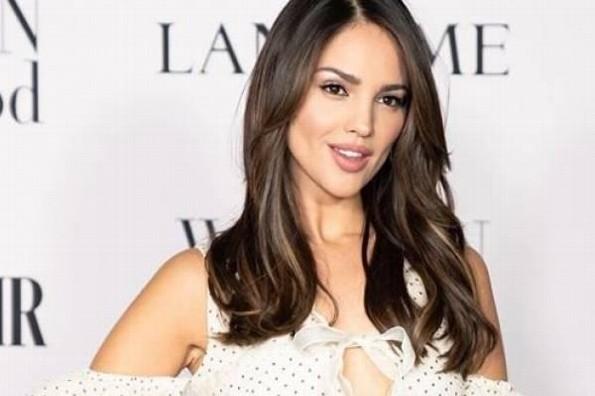 Eiza González lanza fuertes críticas contra AMLO
