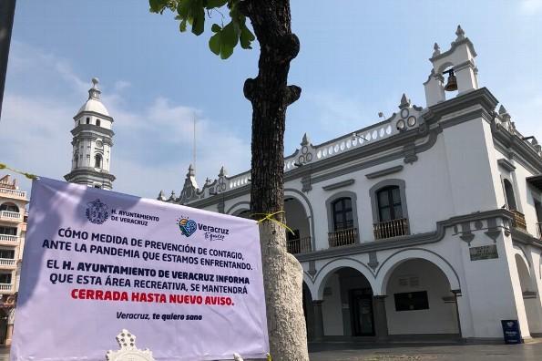 ¡Aviso! Cierran el Zócalo y parques de Veracruz