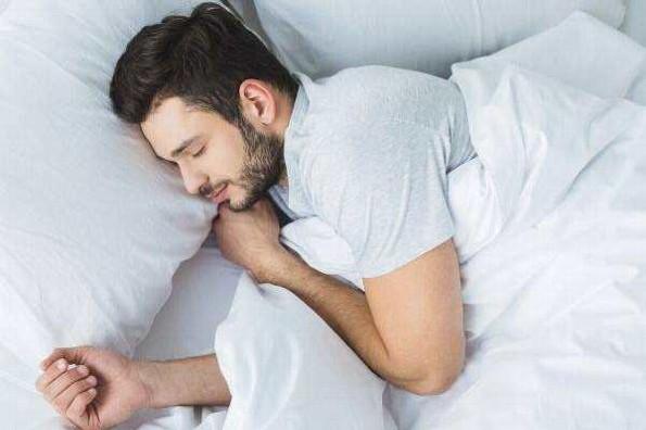 ¿Quieres dormir bien? deja la tecnología fuera de tu habitación