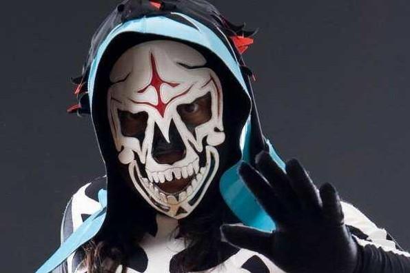 Revelan identidad del luchador 'La Parka' en Tik Tok (+video/foto)