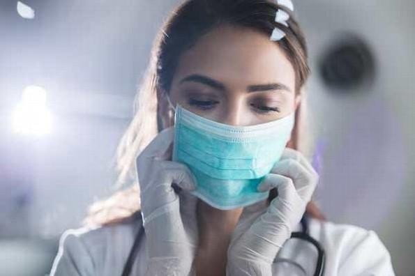 ¿Cómo cuidar tu piel ante el uso del cubrebocas?