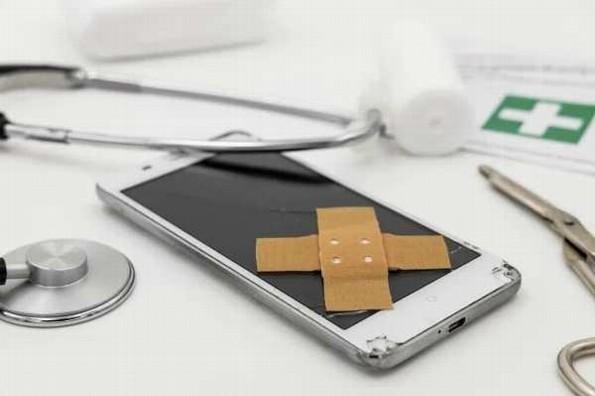 Reparar tu celular podría mandarte a prisión, en México