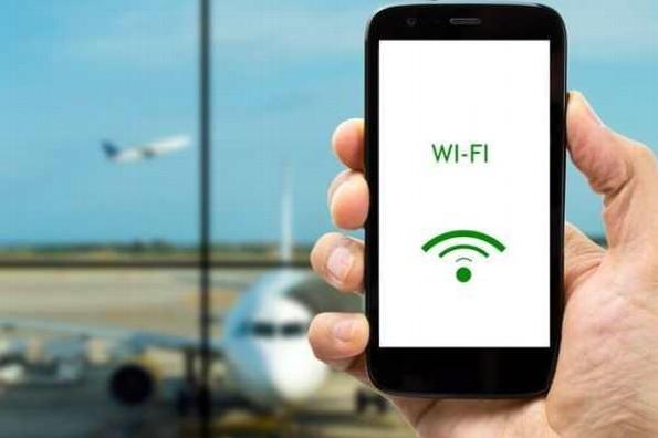 Anuncian internet gratuito en aeropuerto de CDMX hasta para 8 mil usuarios