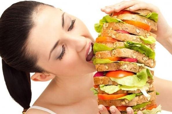 ¡Evita los atracones de comida!