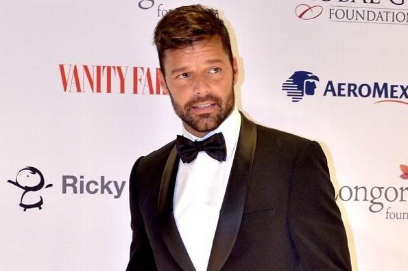 Ricky Martin y Mauricio Martínez se mandan candente mensaje en Instagram