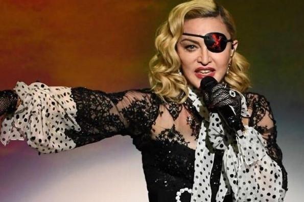 Castiga Instagram a Madonna por publicar informe falso de COVID-19