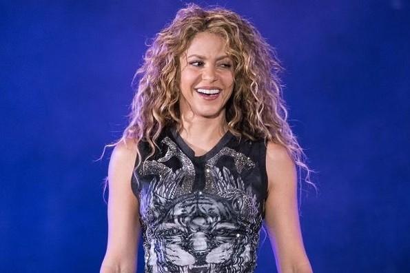 Revuelo en redes por fotografías de Shakira en traje de baño (+fotos)