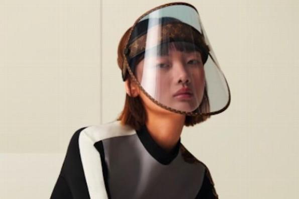 Venden careta protectora Louis Vuitton en 21 mil pesos