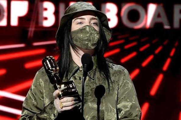 Billie Eilish gana dos premios Billboard Music Awards 2020 (+fotos/video)