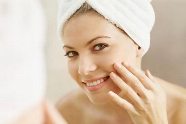 Tips para que el viento de otoño no dañe tu piel