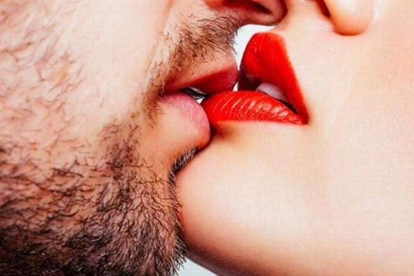 Juegos de besos... Sal de la rutina