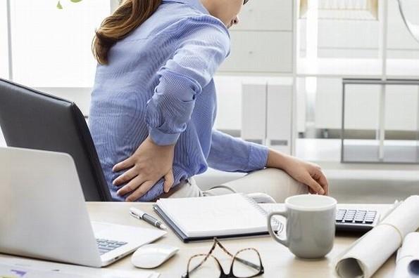 Cuida tu espalda durante el home office en 2021