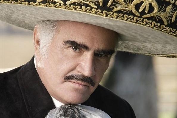 Revelan que Vicente Fernández y su familia ya se vacunaron contra COVID, por