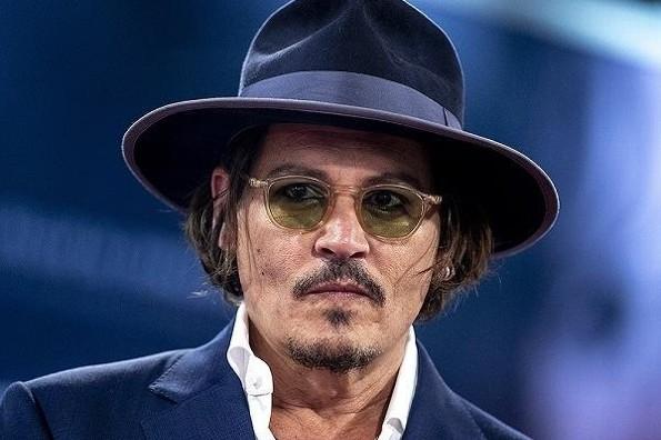 Asaltan a Johnny Depp en su mansión de Hollywood
