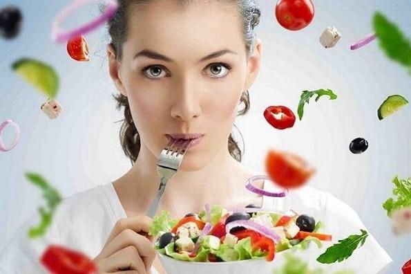 Evita malestares estomacales, modera tu alimentación