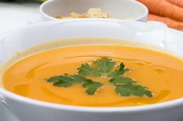 Receta de hoy: Sopa de zanahoria y jengibre