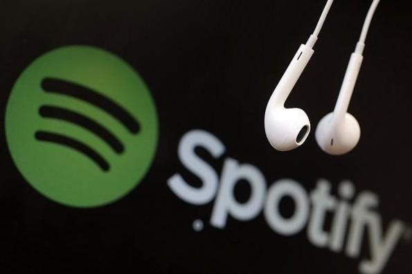 Spotify podría permitir compartir letras de canciones en redes sociales