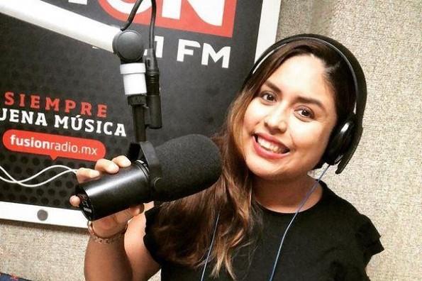 Cámara oculta filtra llamada personal de locutora Ivonne Pacheco (video)