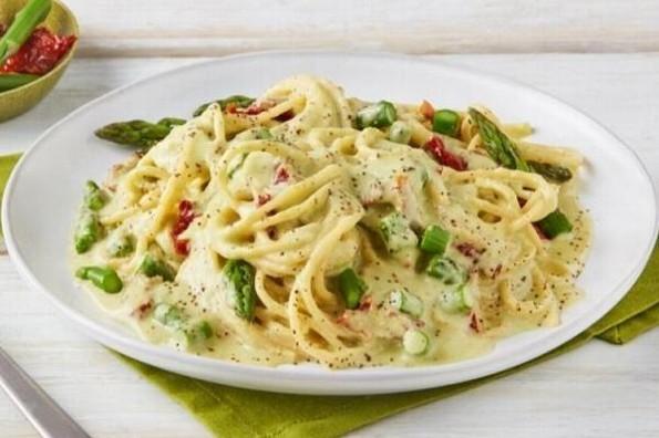 Receta de hoy: Espagueti con salsa de espárragos