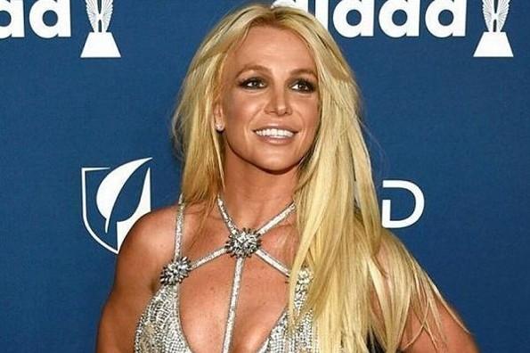 Fans piden el regreso de Britney Spears a los escenarios