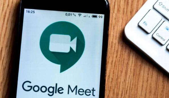 Google Meet estrena filtros y efectos para videollamadas (+video)