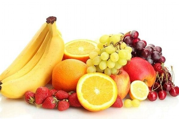 ¿Qué frutas tienen más calorías y cuál es el momento adecuado para consumirlas?