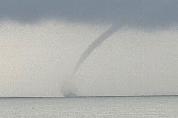 Tromba o embudo marino esta mañana frente a las costas de Veracruz