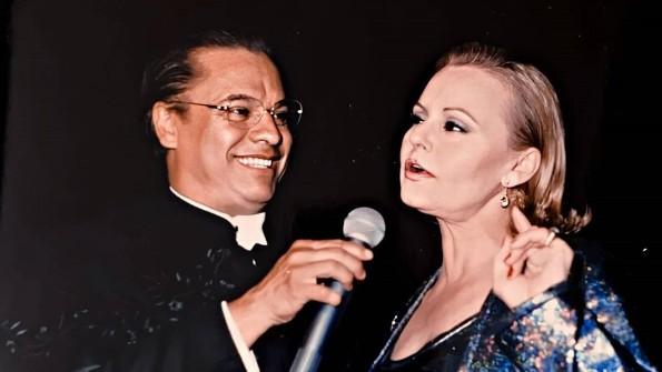 Recordando a Rocío Durcal y Juan Gabriel  en Sábados de Nostalgia