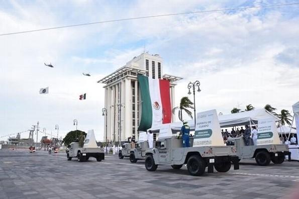 Histórico festejo de los 200 años de la Armada de México, en Veracruz (+fotos/videos)
